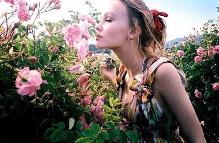 lily-rose-depp-kampanya_840x550