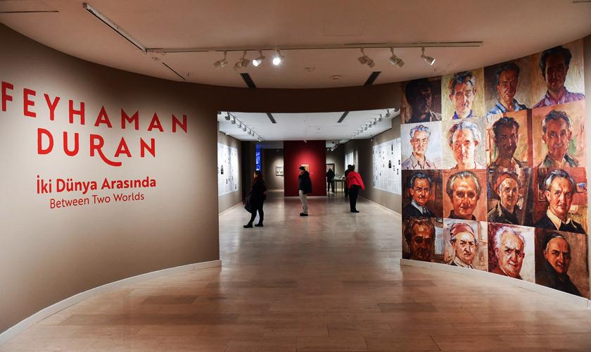 Feyhaman Duran İki Dünya Arasında